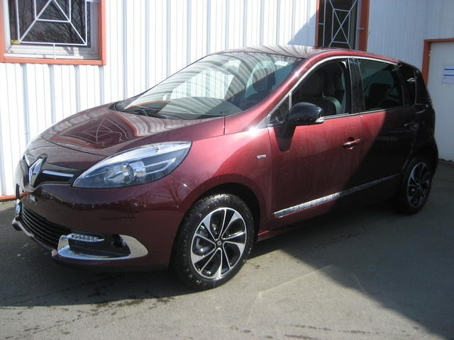 renault scenic nv e dci 130 bose edition neuf vente de v hicules neuf. Black Bedroom Furniture Sets. Home Design Ideas